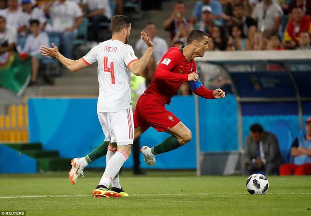 Truyền thông thế giới nói gì về màn trình diễn siêu hạng của Ronaldo trước Tây Ban Nha? 2