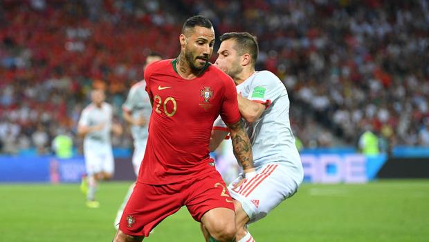 Bồ Đào Nha 3-3 Tây Ban Nha: Cả thế giới ngả mũ thán phục Ronaldo 11