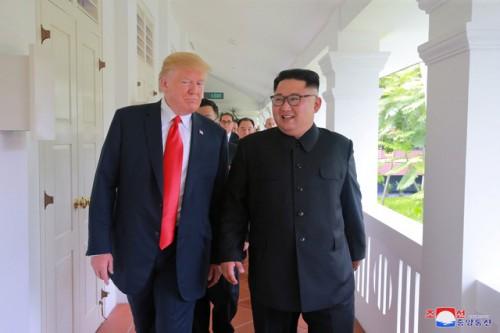 Trump lại bị chỉ trích vì nói muốn người Mỹ kính trọng lãnh đạo giống người Triều Tiên 1