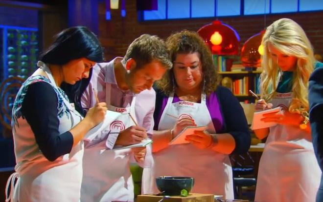Hình ảnh Hủ tiếu Việt Nam lên cả sóng truyền hình Mỹ và được đầu bếp lừng danh Gordon Ramsay khen ngon hết lời số 8
