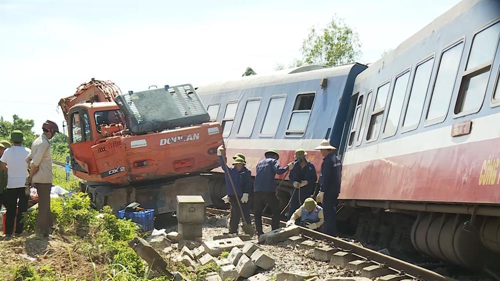Bộ GTVT yêu cầu ngành đường sắt khắc phục yếu tố chủ quan gây tai nạn 2