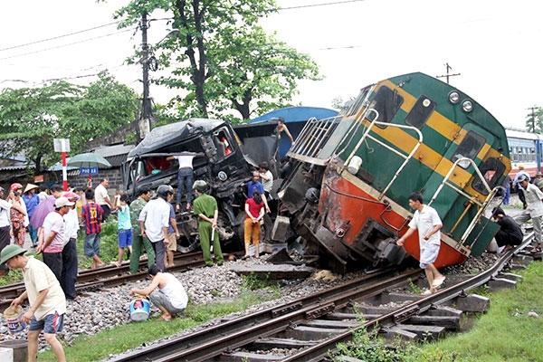 Bộ GTVT yêu cầu ngành đường sắt khắc phục yếu tố chủ quan gây tai nạn 1