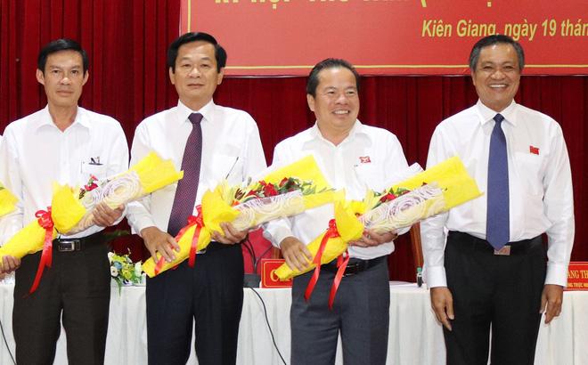 Phó chủ tịch tỉnh Kiên Giang làm Bí thư huyện đảo Phú Quốc 1