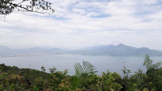 Du khách Philippines bị lạc khi đi bộ mạo hiểm băng rừng Sơn Trà 3