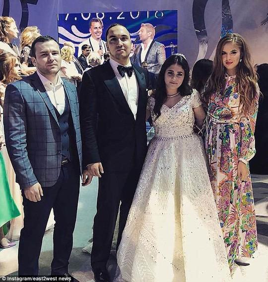 Đám cưới xa hoa, lộng lẫy của con gái tài phiệt Nga 1