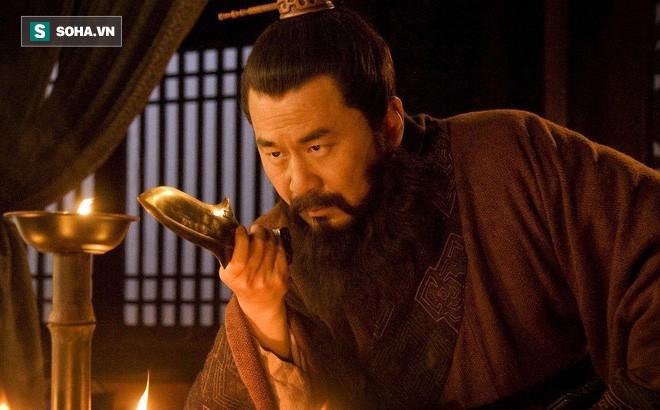 Lưu Bị và Tào Tháo, ai