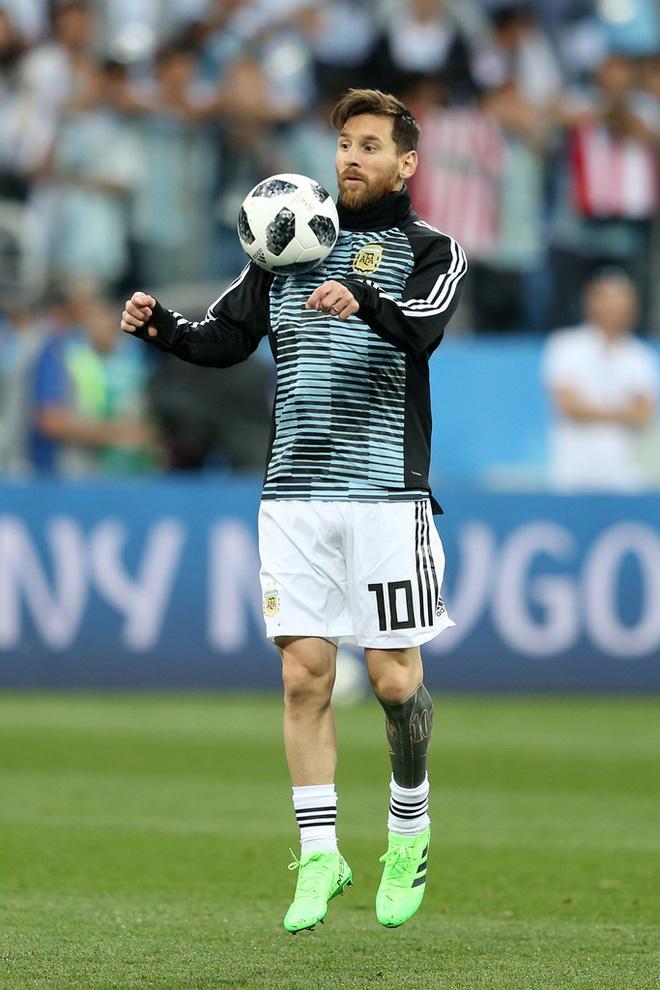 Có một Messi bất lực, đáng thương trong ngày thảm bại của Argentina 6