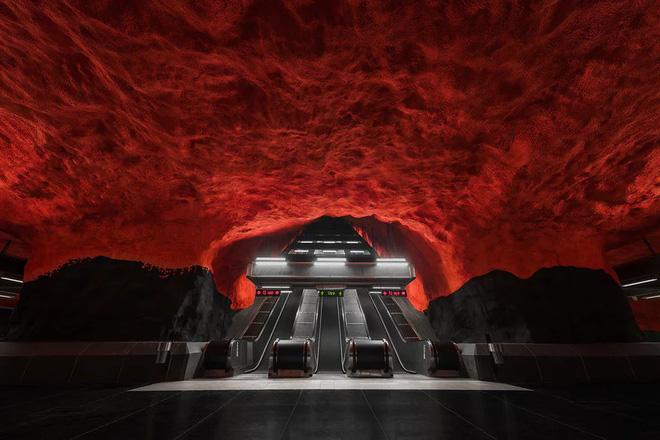 Bên trong những ga tàu điện ngầm đẹp hơn cả triển lãm nghệ thuật tại Thụy Điển 1
