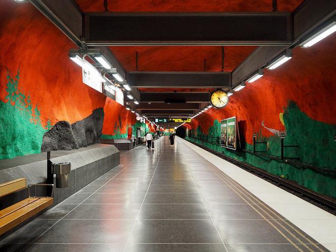 Bên trong những ga tàu điện ngầm đẹp hơn cả triển lãm nghệ thuật tại Thụy Điển 2