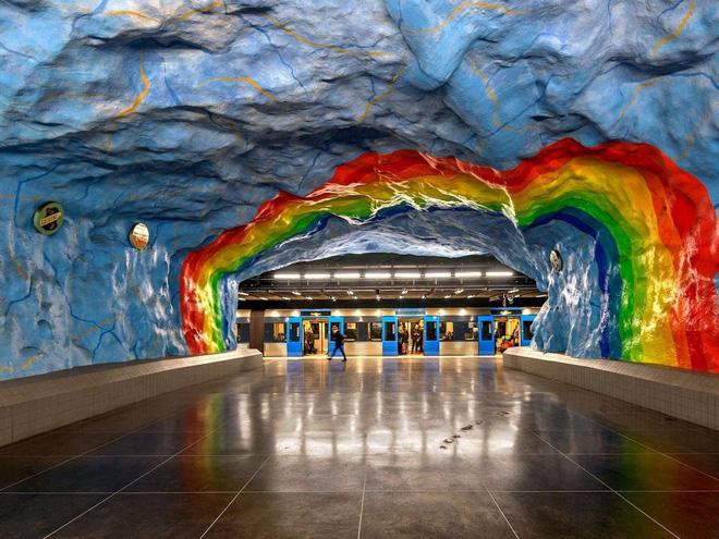 Bên trong những ga tàu điện ngầm đẹp hơn cả triển lãm nghệ thuật tại Thụy Điển 6