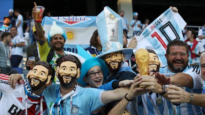 Có một Messi bất lực, đáng thương trong ngày thảm bại của Argentina 1