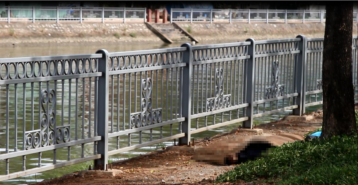 Người dân vứt cần câu bỏ chạy khi phát hiện thi thể trôi trên kênh Tàu Hủ 2