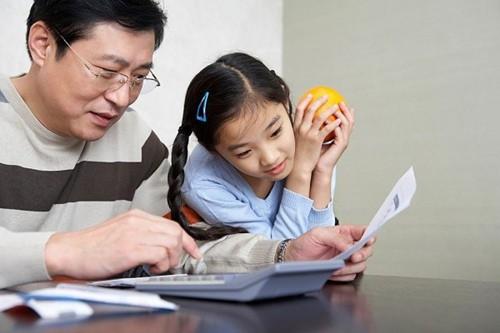 4 hành động người lớn chớ lên xem nhẹ nếu không muốn con cái bị ảnh hưởng xấu - Ảnh 4.