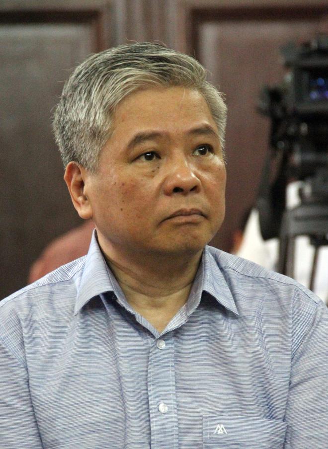 Nguyên Phó thống đốc NHNN bị cáo buộc thiếu trách nhiệm gây thất thoát 15.000 tỷ từ chối một luật sư 2