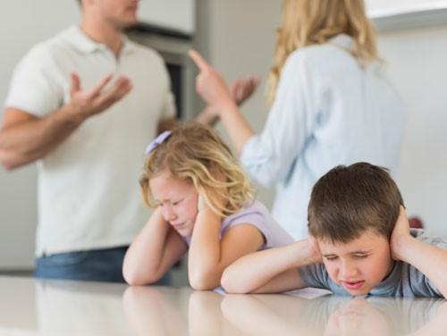 4 hành động người lớn chớ lên xem nhẹ nếu không muốn con cái bị ảnh hưởng xấu - Ảnh 5.