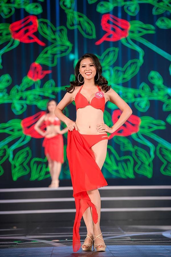 NÓNG: Phát hiện lỗi sai khó tin về 5 người đẹp thi bikini Chung khảo phía Nam Hoa hậu Việt Nam 12