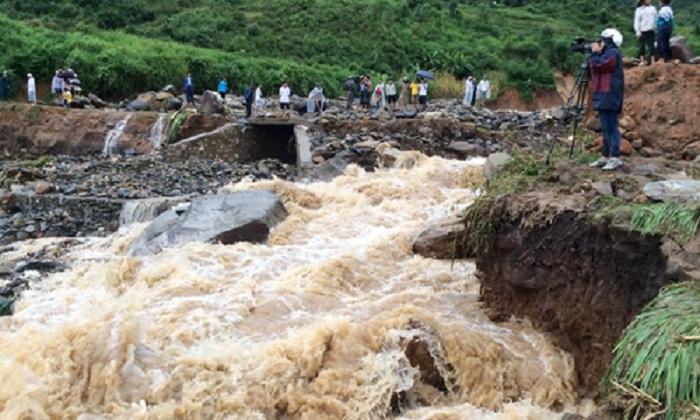 Chưa thể tìm kiếm thêm người mất tích trong trận mưa lũ ở lai Châu 1