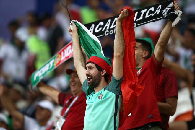Dàn trai đẹp Iran khóc nghẹn, ngẩng cao đầu chia tay World Cup 2018 2