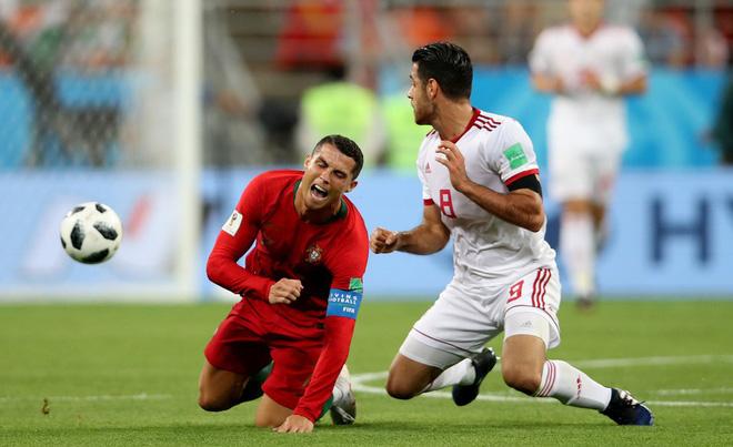 Dàn trai đẹp Iran khóc nghẹn, ngẩng cao đầu chia tay World Cup 2018 19
