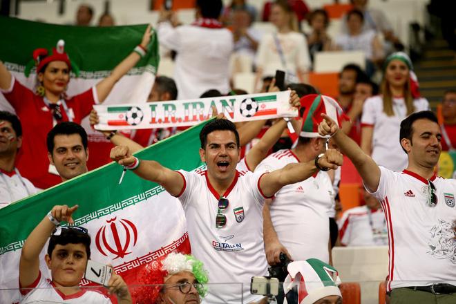 Dàn trai đẹp Iran khóc nghẹn, ngẩng cao đầu chia tay World Cup 2018 4