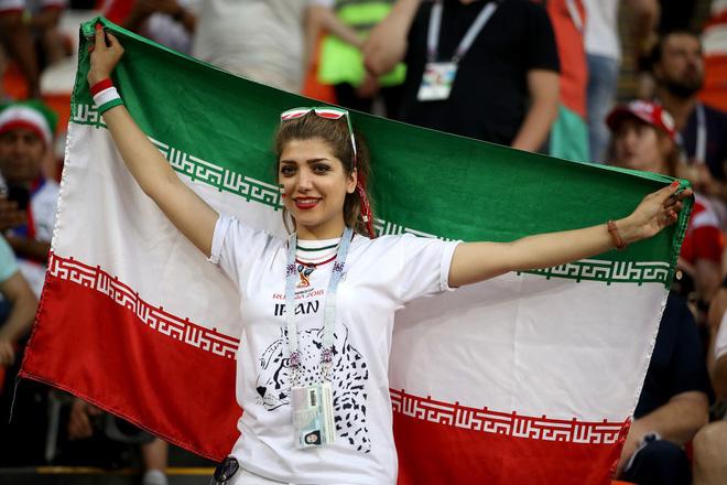 Dàn trai đẹp Iran khóc nghẹn, ngẩng cao đầu chia tay World Cup 2018 5