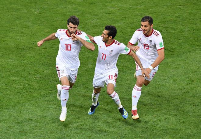 Dàn trai đẹp Iran khóc nghẹn, ngẩng cao đầu chia tay World Cup 2018 21