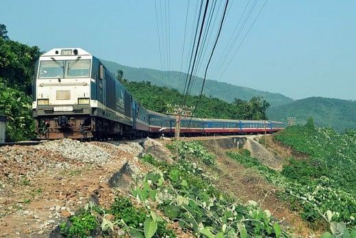 Tàu khách SE8 phanh lố đà trên đèo Hải Vân, đường sắt bị chậm chuyến gần 3 giờ 1
