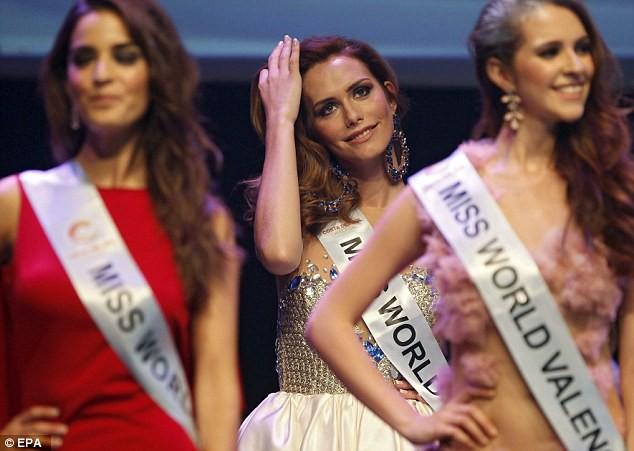 Lần đầu tiên trong lịch sử: Người chuyển giới đăng quang Hoa hậu Hoàn vũ Tây Ban Nha và dự thi Miss Universe 4