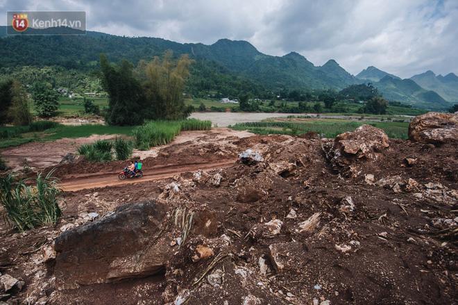 Trận lũ đau thương ở Hà Giang trong vòng 10 năm qua: 'Giờ đâu còn nhà nữa, mất hết, lũ cuốn trôi hết rồi...' 1