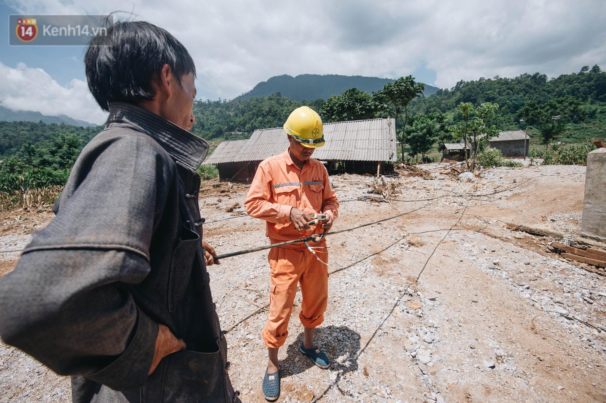 Trận lũ đau thương ở Hà Giang trong vòng 10 năm qua: 'Giờ đâu còn nhà nữa, mất hết, lũ cuốn trôi hết rồi...' 12