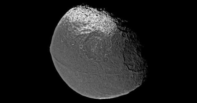 10 hiện tượng tự nhiên kỳ lạ chưa thể lý giải trong Hệ Mặt Trời 2