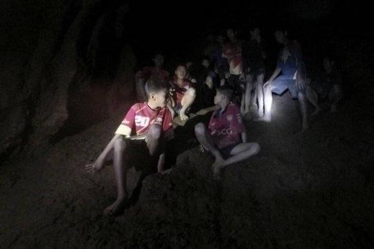 Hình ảnh Những người hùng trong cuộc chiến giải cứu đội bóng mắc kẹt ở hang động Thái Lan số 3