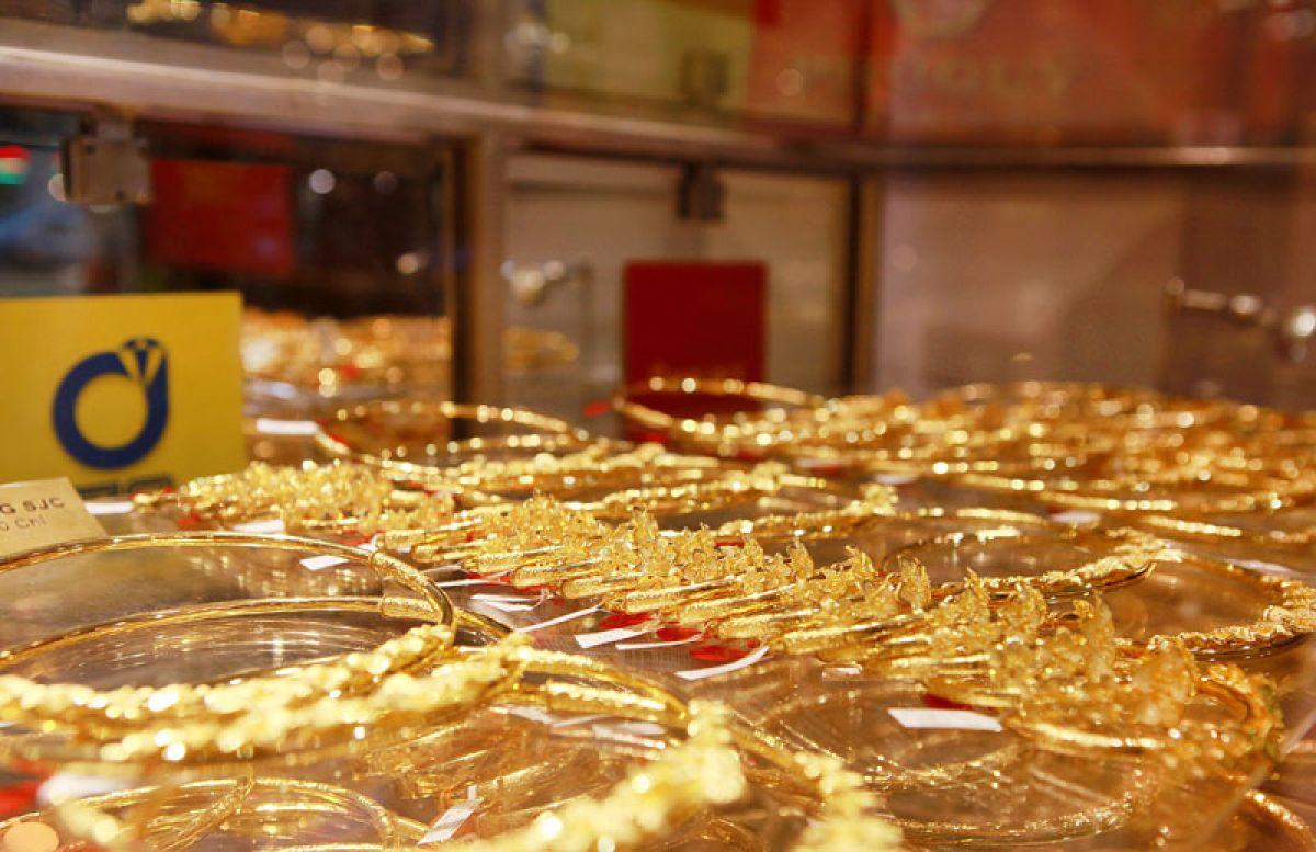 Hình ảnh Giá vàng hôm nay 3/7: USD tăng gây áp lực khiến giá vàng giảm số 1