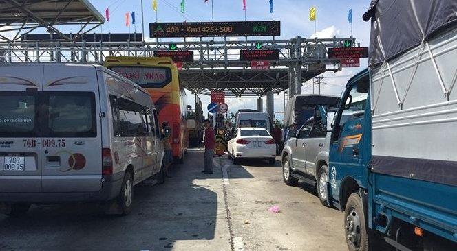 Khánh Hòa: BOT Ninh Lộc liên tục phải xả trạm vì tài xế địa phương dừng xe phản đối 1