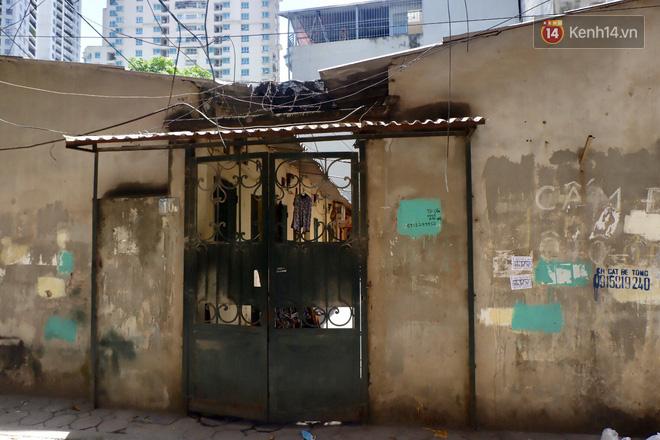 Nhà trọ biến thành lò lửa 40 độ C, sinh viên Hà Nội 'tập kết' toàn bộ quạt trong phòng để tạo gió cũng không ăn thua 9