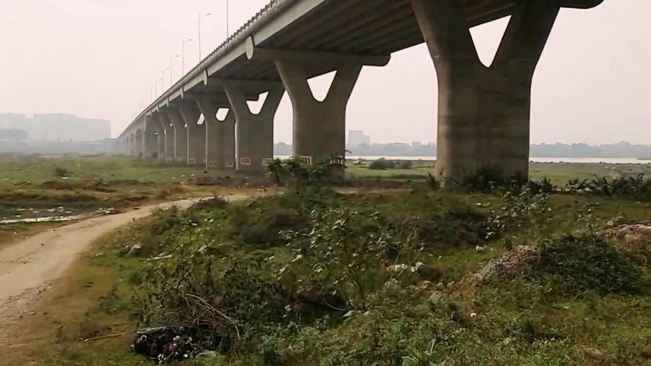 Hoảng hốt phát hiện thi thể thanh niên ở chân cầu Vĩnh Tuy 1