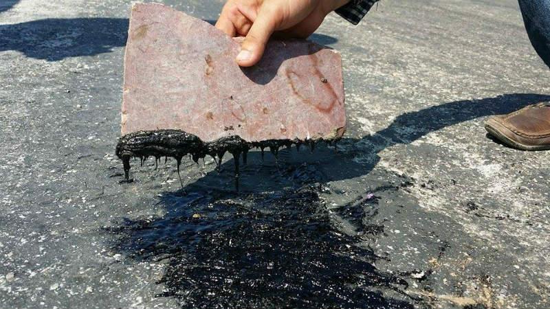 Nắng nóng gay gắt kéo dài khiến nhiều tuyến đường ở Hà Tĩnh chảy nhựa 2