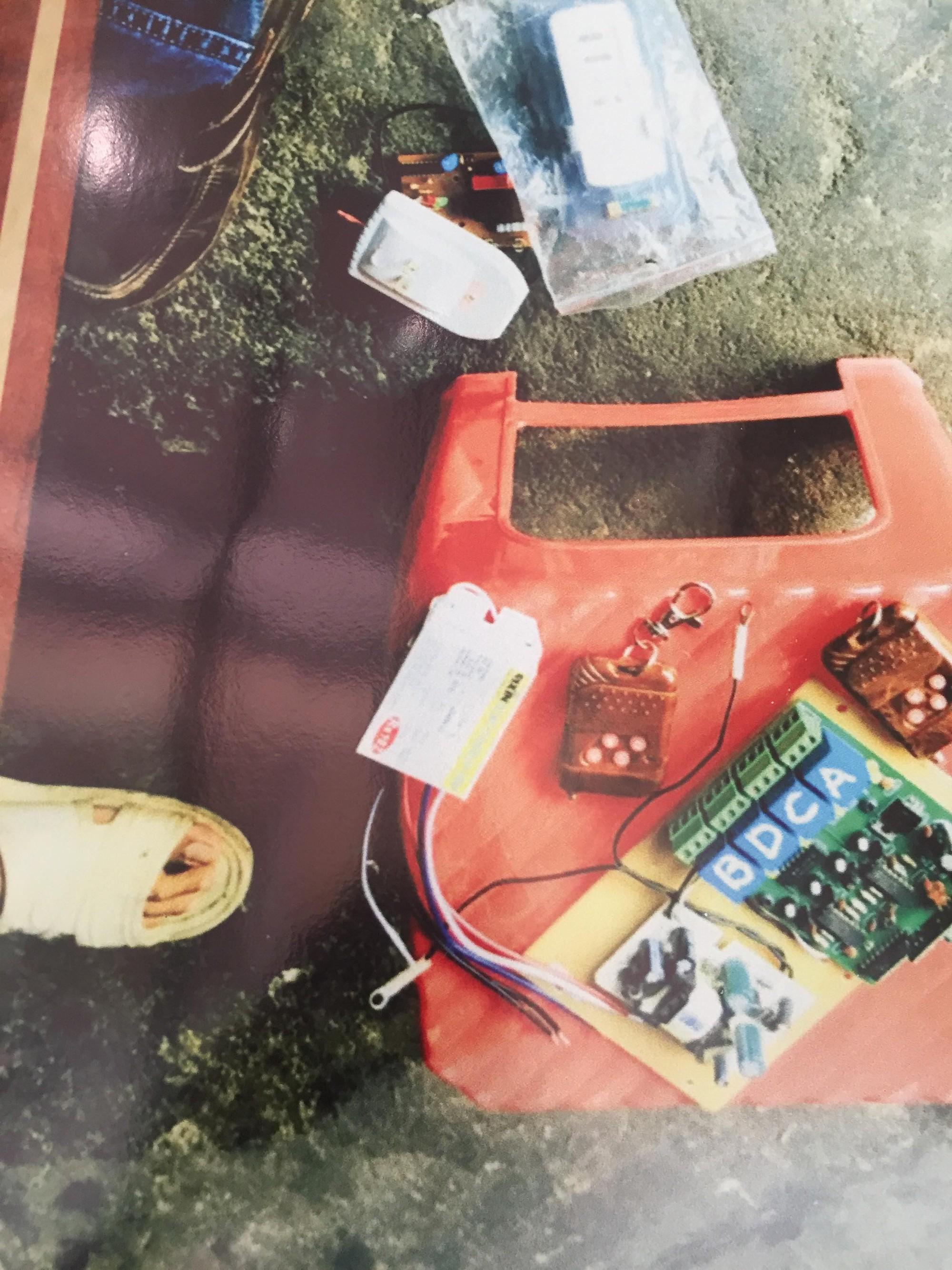 [ẢNH] 10kg thuốc nổ trong nhà của kẻ ném bom vào trụ sở công an phường 11