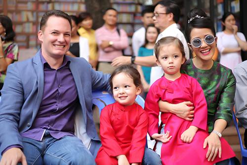 Bất ngờ với nhan sắc Hồng Nhung hậu ly hôn 4