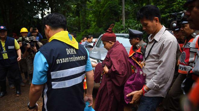 Nhà sư Thái Lan từng đưa ra lời tiên tri kì bí có