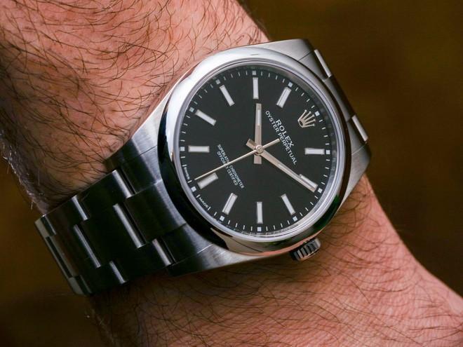 Những sự thật thú vị đằng sau mức giá đắt đỏ của đồng hồ Rolex mà không phải ai cũng biết - Ảnh 2.