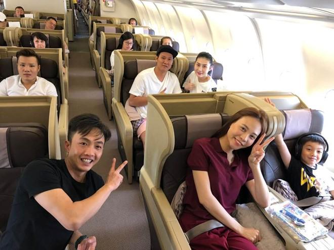 Subeo vừa trở về sau chuyến nghỉ dưỡng cùng bố, Hồ Ngọc Hà đã đón con đi du lịch xứ cờ hoa 3