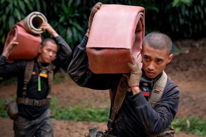 Các hình ảnh cho thấy quy mô và độ phức tạp của nỗ lực giải cứu các cậu bé Thái Lan bị mắc kẹt 22