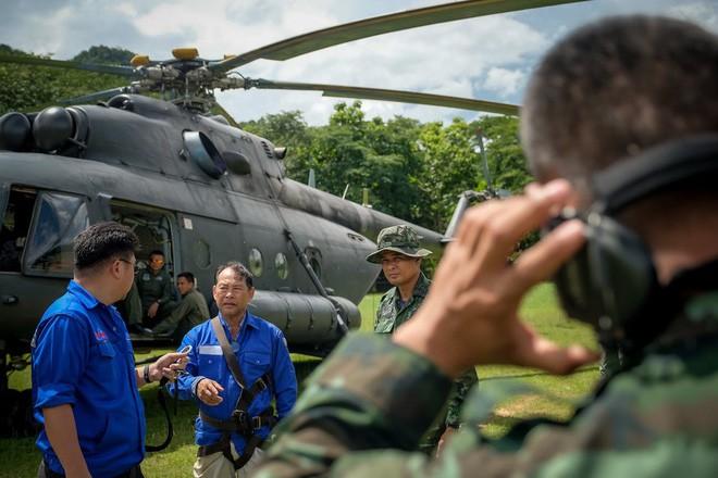 Các hình ảnh cho thấy quy mô và độ phức tạp của nỗ lực giải cứu các cậu bé Thái Lan bị mắc kẹt 25