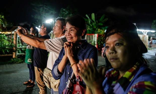 Tại sao Thái Lan không tiết lộ danh tính của 4 thành viên đội bóng đã được giải cứu? 2