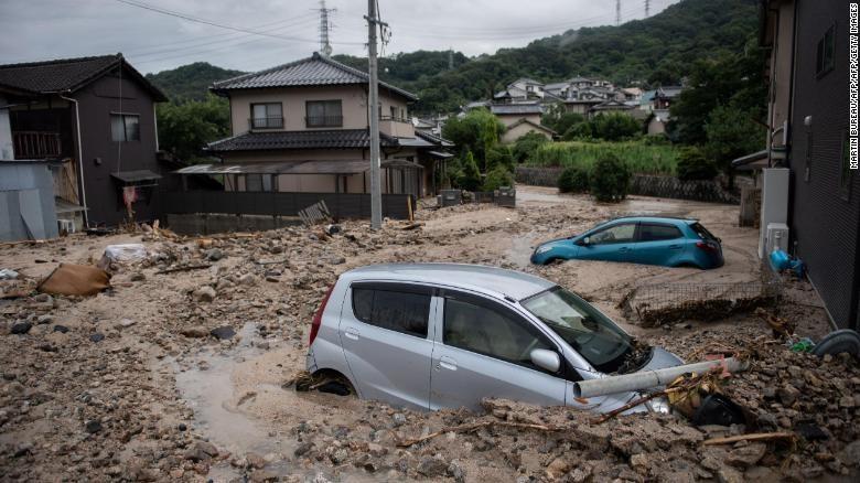 Hình ảnh Số nạn nhân thiệt mạng di mưa lũ tại Nhật Bản lên tới 100 người số 1