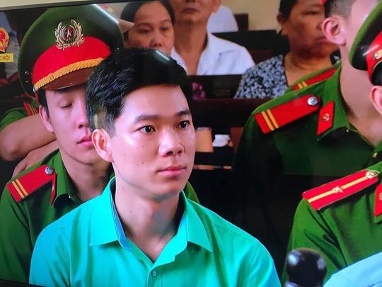 Vụ chạy thận 9 người chết: Không thay đổi tội danh với BS Hoàng Công Lương 1