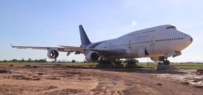 Thái Lan: Dân làng hốt hoảng khi sáng mở mắt dậy bỗng thấy chiếc máy bay Boeing đậu giữa đồng 5