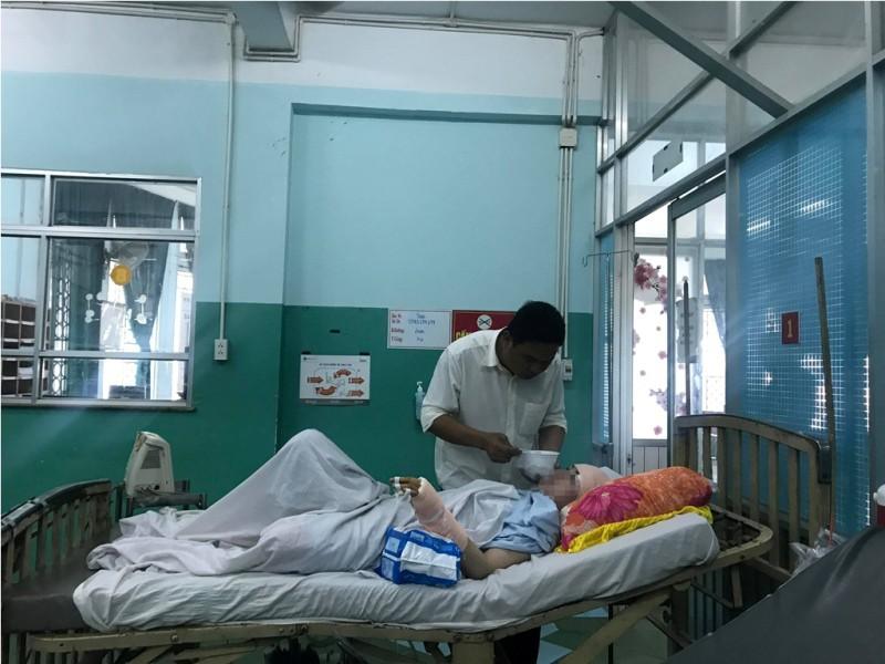 Vụ nổ súng khiến 2 cô gái bị thương ở Sài Gòn: 1 trong 2 nạn nhân là bạn gái cũ của nghi phạm, từng nhiều lần bị doạ giết - Ảnh 2.