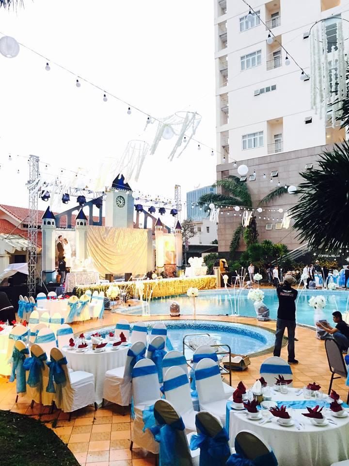 Lễ báo hỉ hoành tráng mời 1.000 khách, nguyên dàn motor đưa dâu, riêng trang trí đã hết 200 triệu ở Buôn Mê Thuột 1